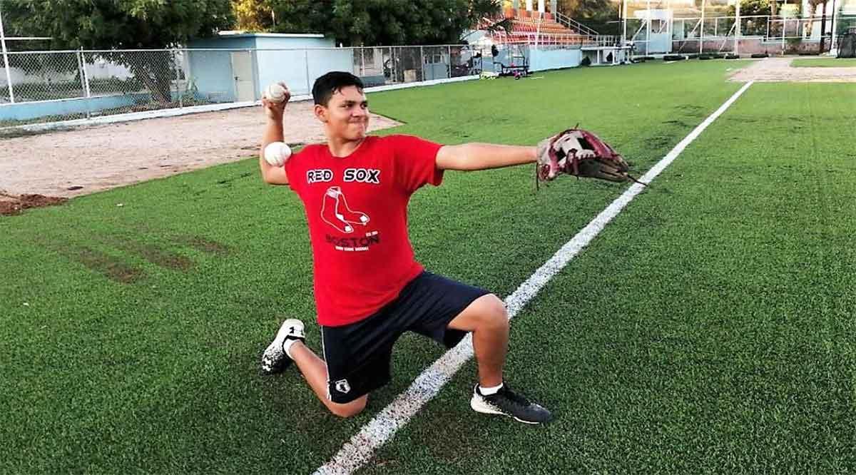 Atenderá Marco Antonio Martínez escuela técnica de beisbol en El Esterito