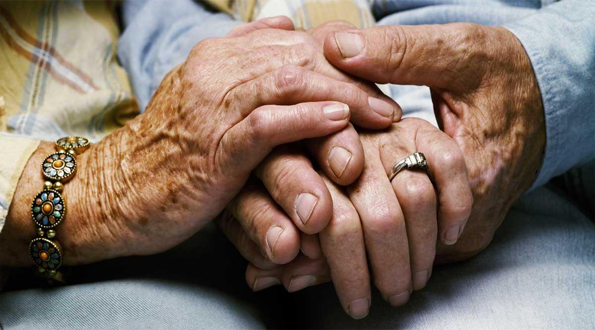Faltan unas 3 mil personas de 65 a 67 años de BCS en registrarse y recibir la pensión de Bienestar