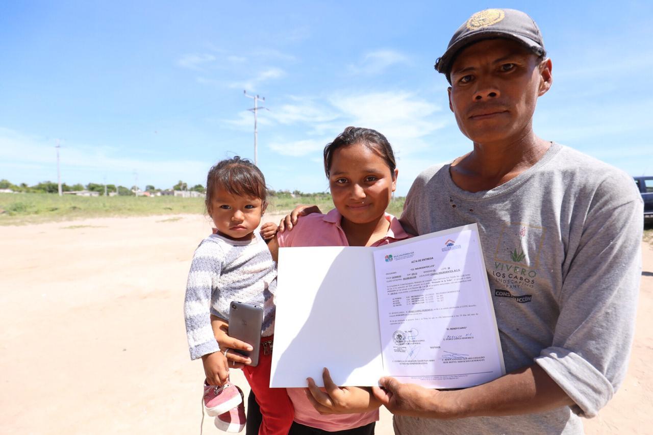Beneficia a 106 familias con lotes en Ciudad Insurgentes