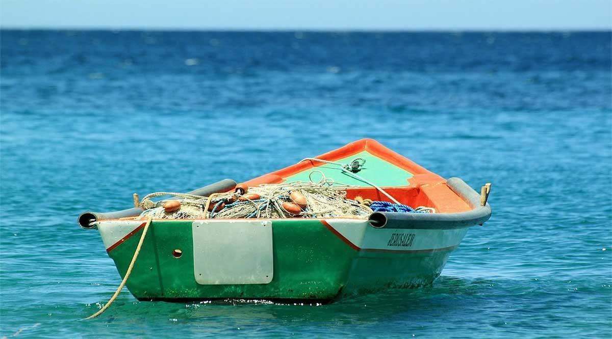 Se encuentran 2 de los 6 pescadores reportados como extraviados en el mar en el municipio de Mulegé