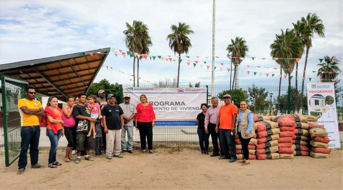 Entregan en Comondú apoyos para mejoras de vivienda y en breve darán 10 cuartos adicionales