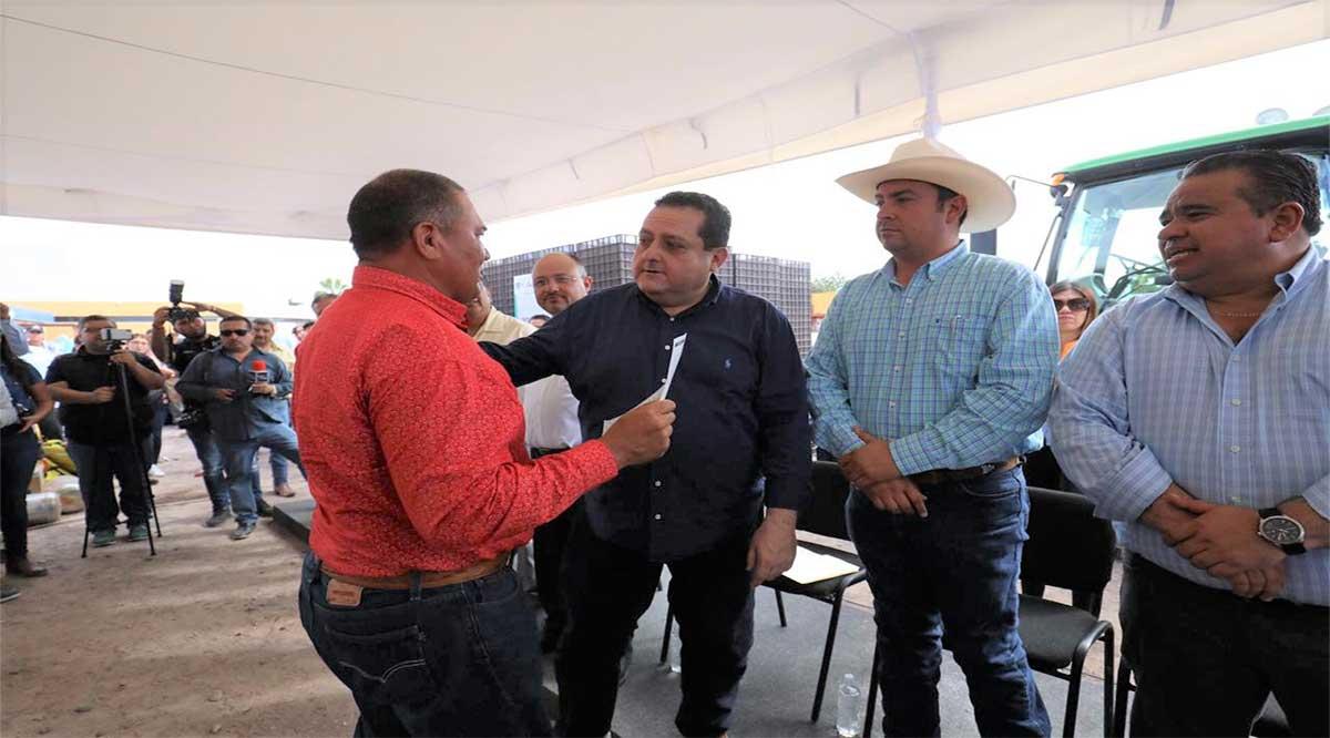 Entregó el Gobernador 127 certificados a buzos de Puertos San Carlos y López Mateos