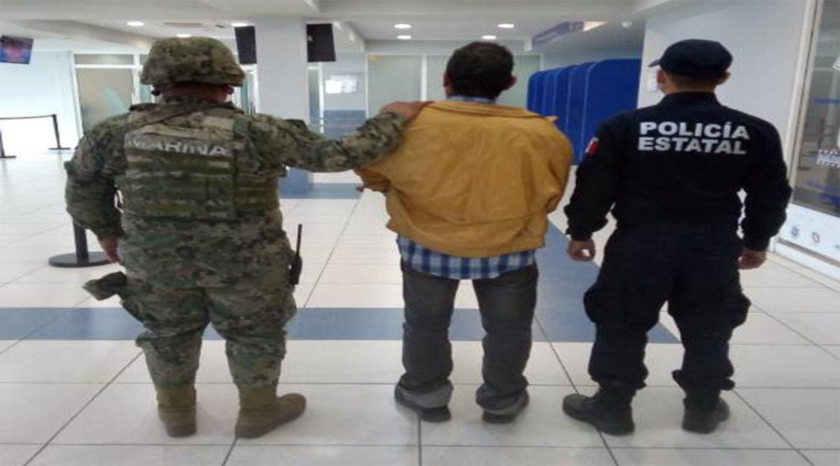 Aseguran paquete con sustancias prohibidas y detienen a prófugo buscado en Zacatecas