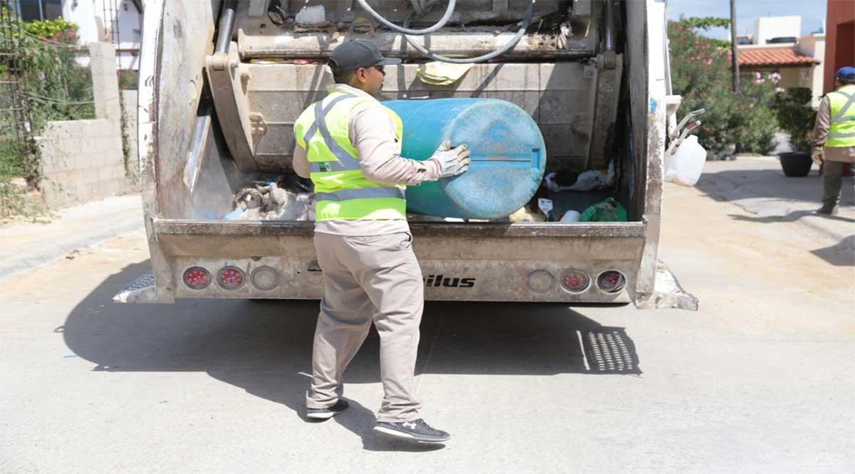 Acusa diputada Pineda cobro de recolección de basura en La Bocana