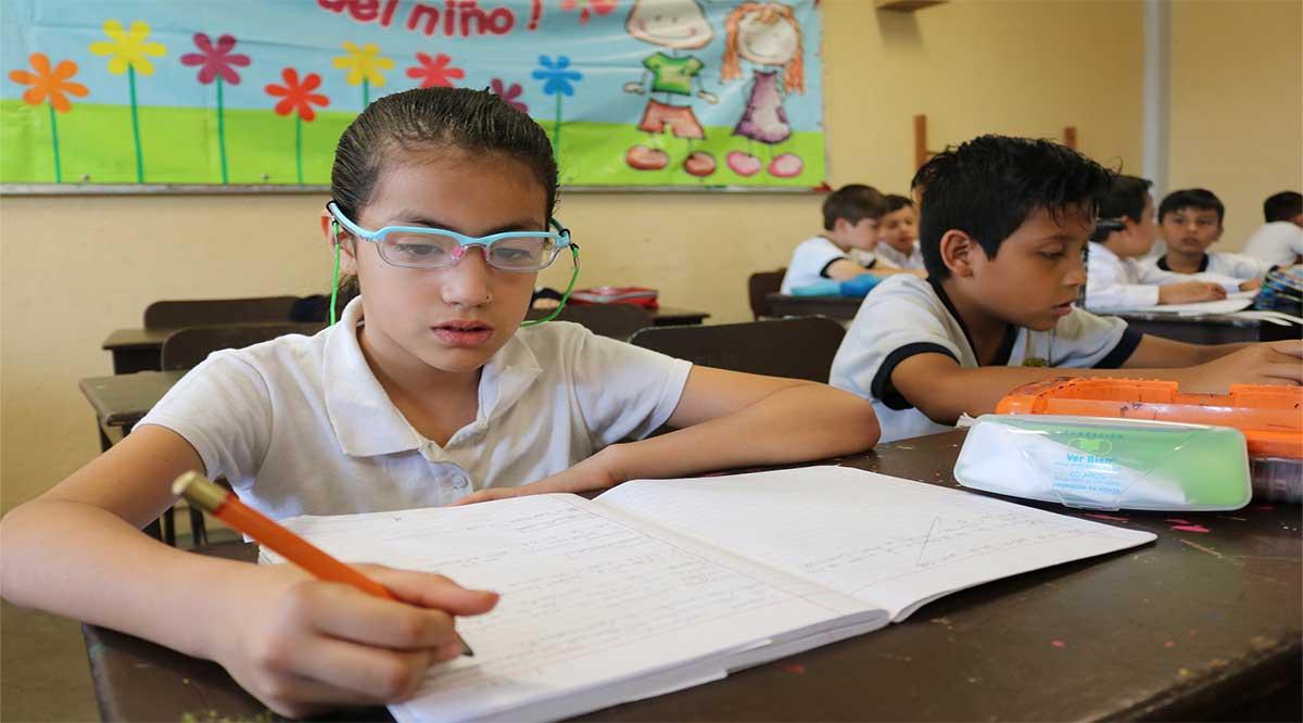 Propone diputada Flores que desaparezcan las tareas en educación básica en BCS
