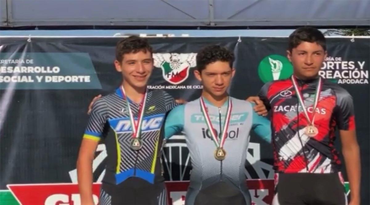 Se colgaron medallas ciclistas de BCS en Apodaca