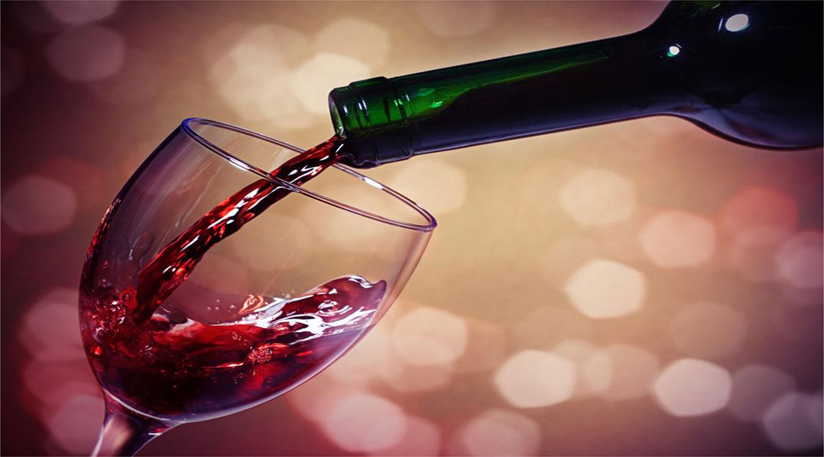 Restringen venta de alcohol hasta las 22:00 horas en La Paz