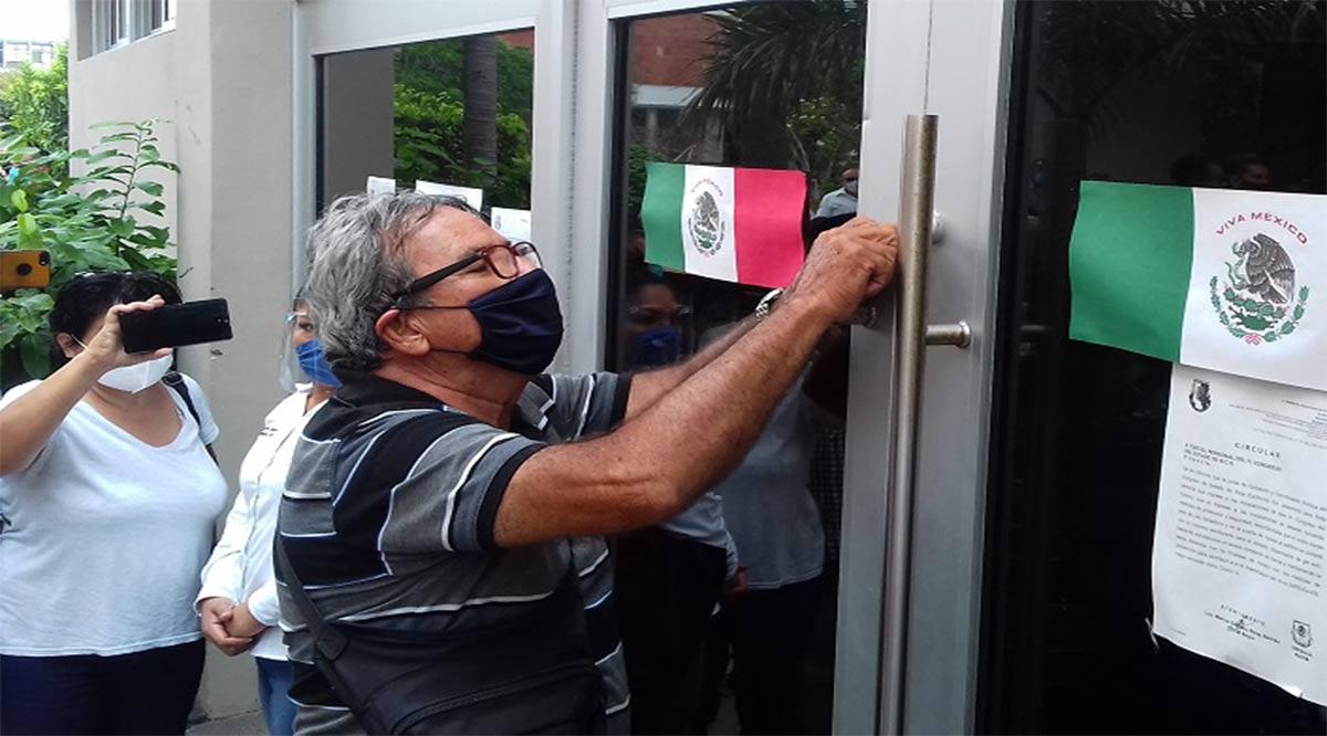 Calor político en el Congreso del Estado al clausurarse el polémico período