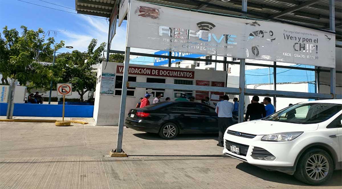 Mujer compró vehículo robado hace 4 años en Baja California; está detenida