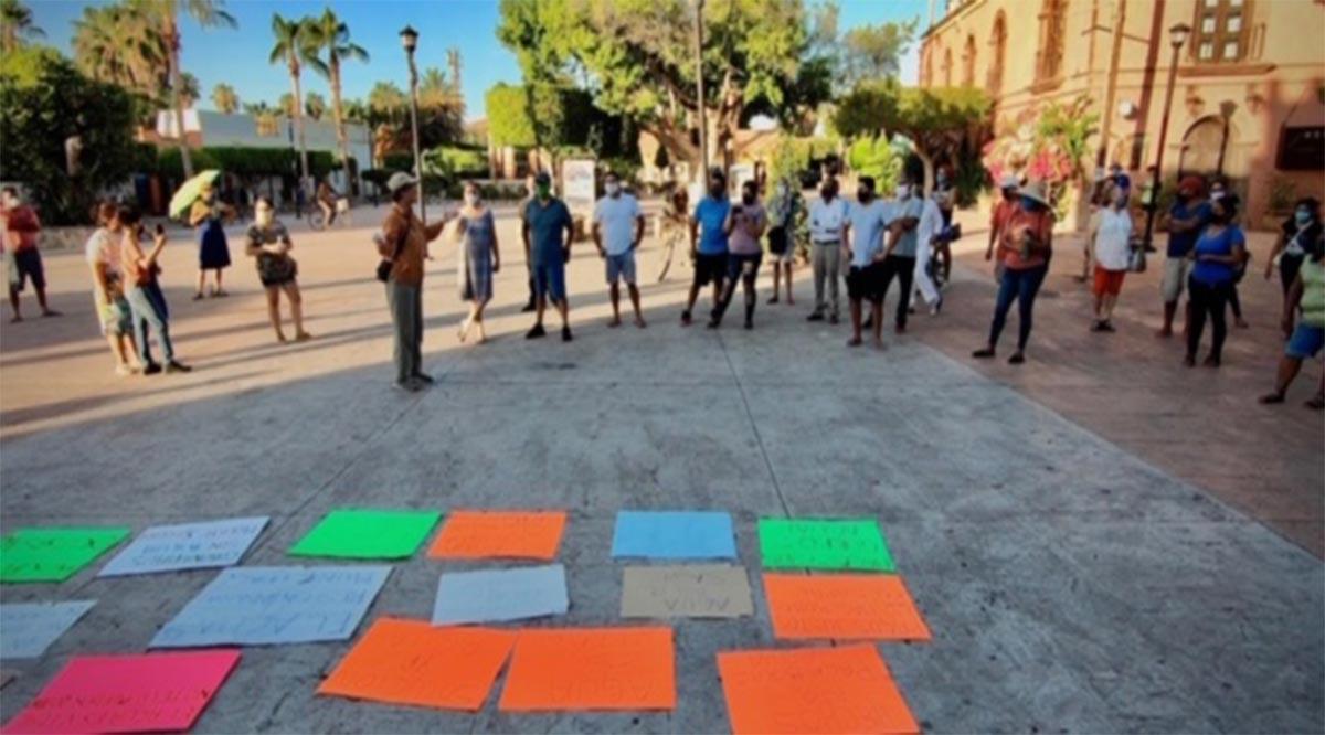 Se manifiestan loretanos por la carencia de agua; autoridades los respaldan