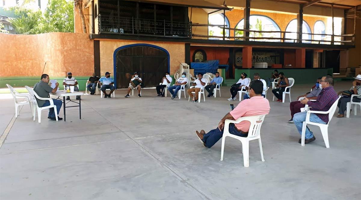 Adoptan ambulantes medidas de protección y operación en Los Cabos