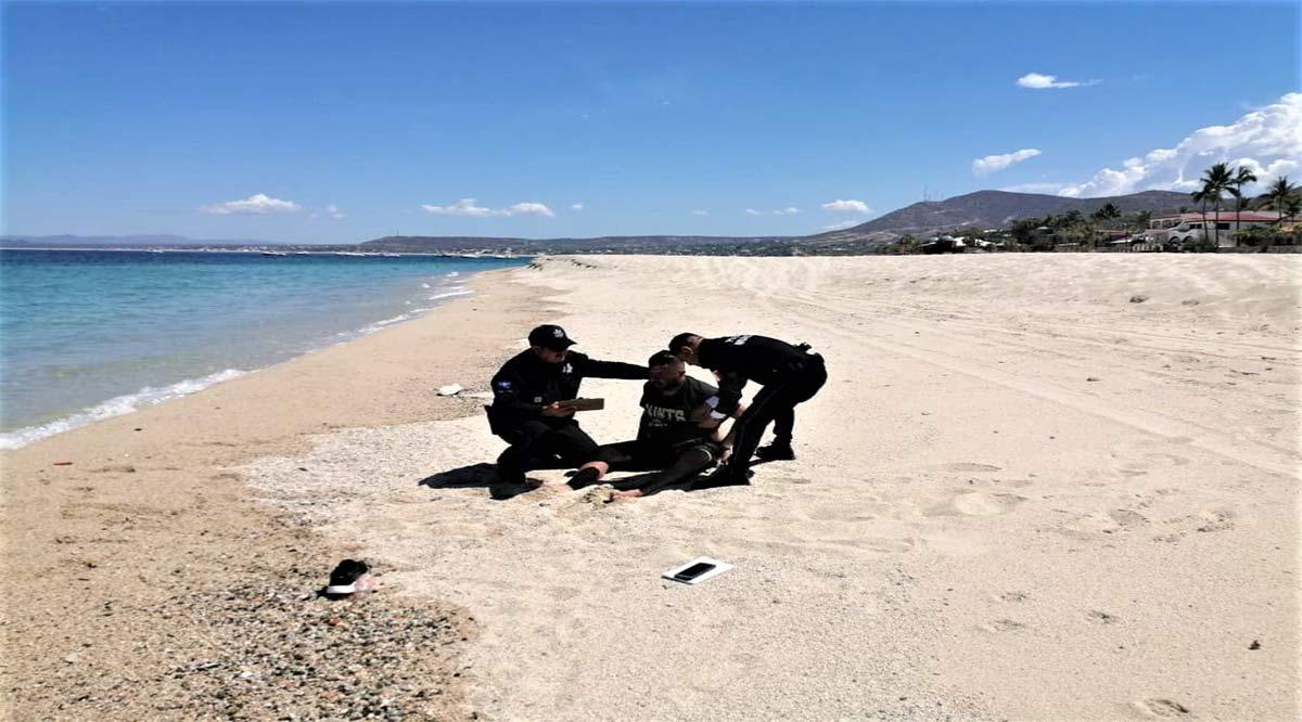 Reconocen a policías paceños por actos sobresalientes