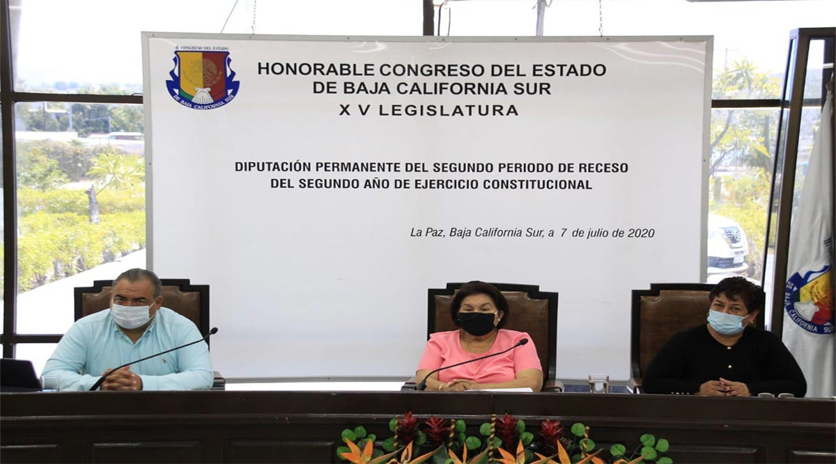 Utilizan diputados de Morena la sesión del Congreso para promoción política