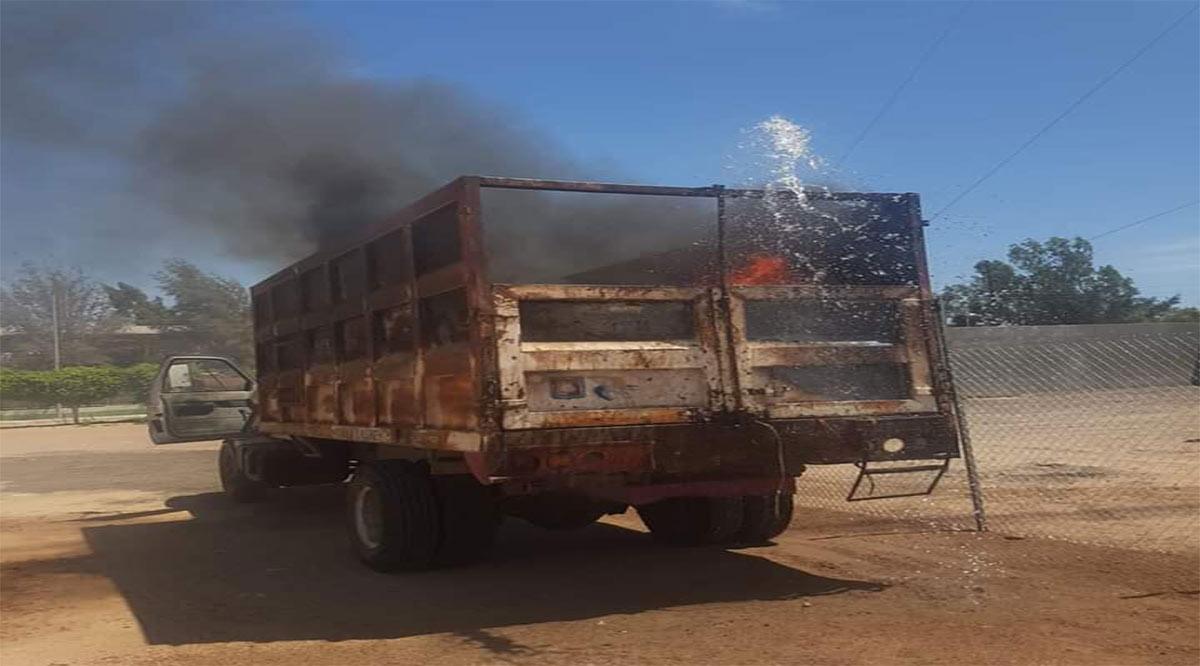 Queman camión de Servicios Públicos en Comondú