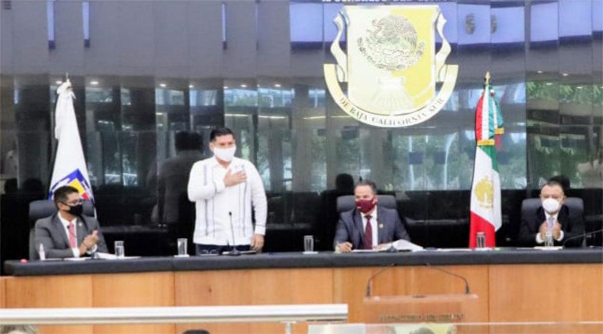 Convoca De la Peña a trabajar coordinadamente los Poderes de BCS por el bien ciudadano