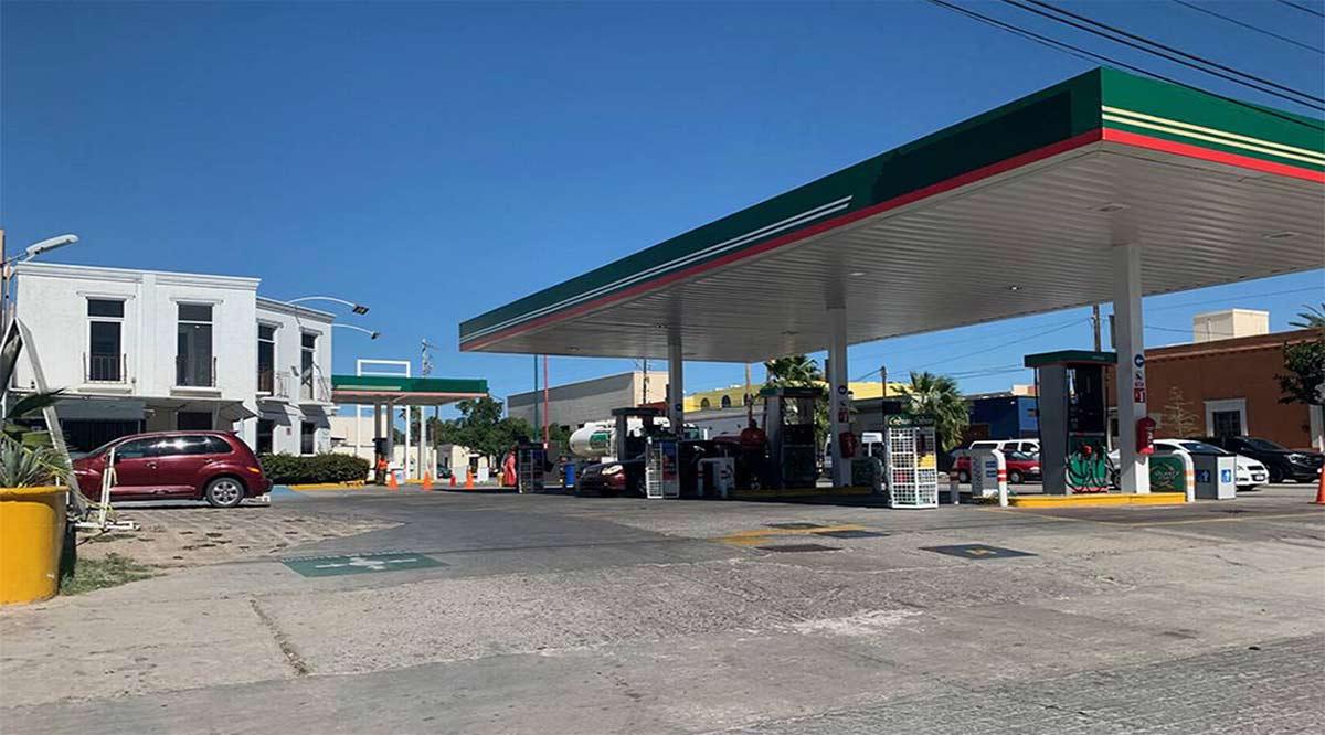 Asaltan a despachador de gasolinera en la Francisco Villa