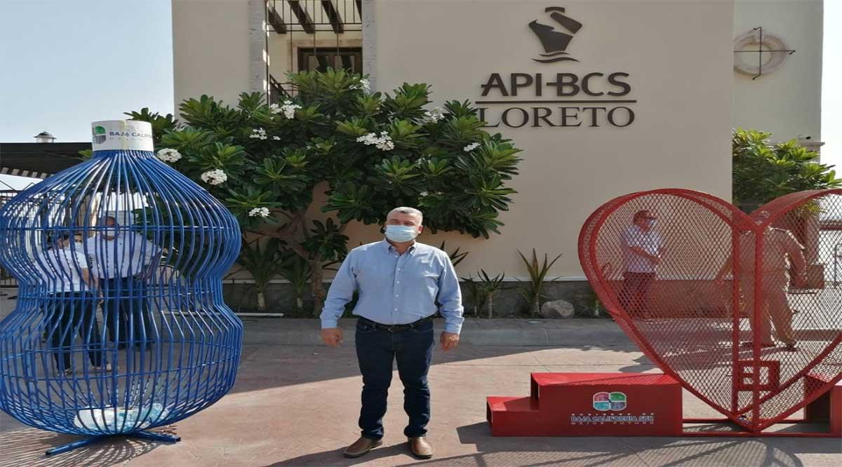 Instalan contenedores de pet en la dársena de Loreto