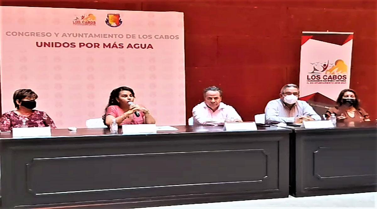 """""""Si el Gobernador no publica, no voy a detenerme"""": Armida Castro"""