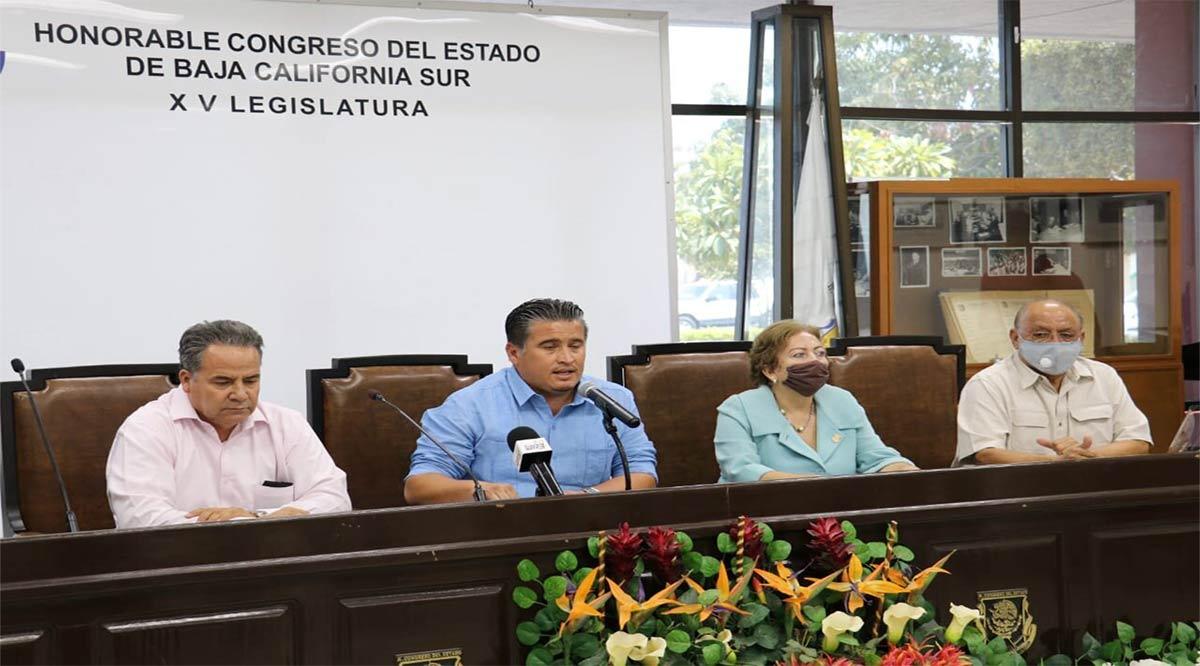 """Diputados de Morena y afines califican de oposición """"pinchurrienta"""" al grupo de los 8"""