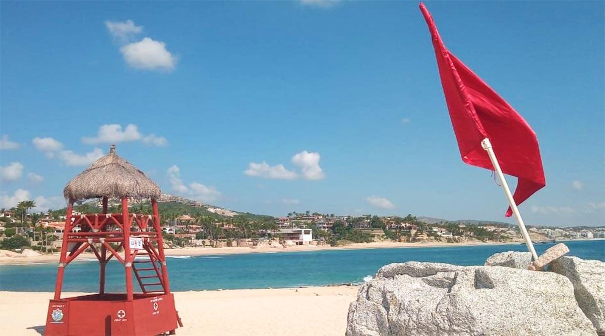 Recomiendan a bañistas en Los Cabos conocer el significado de las banderas