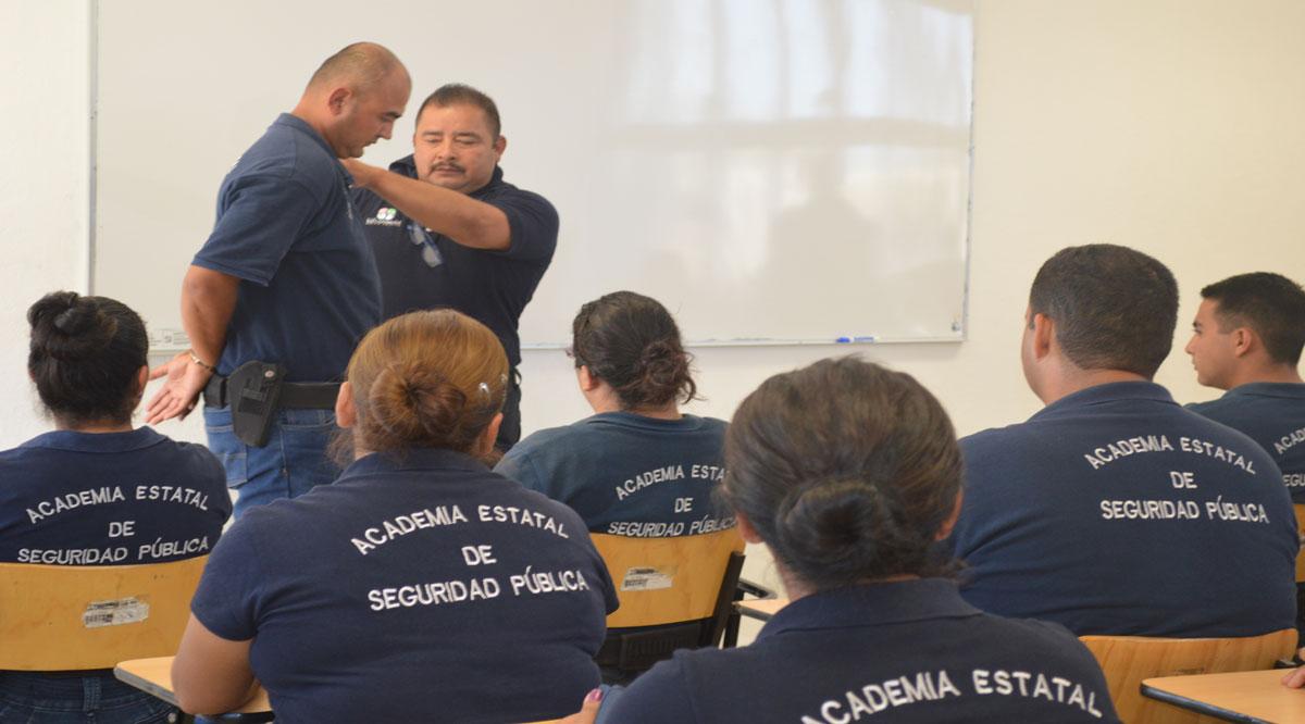 Buscan instructores académicos de la Academia de Seguridad Pública de BCS certificarse como instructores evaluadores
