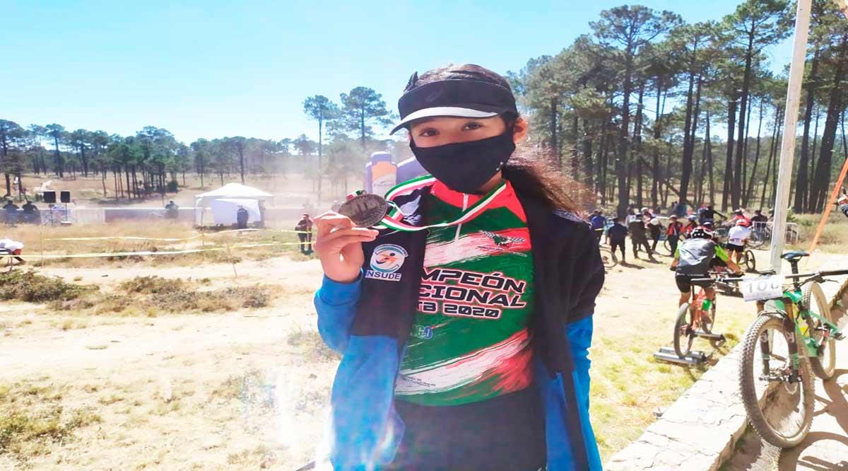 Refrendó Nabienka García su título nacional en ciclismo de montaña