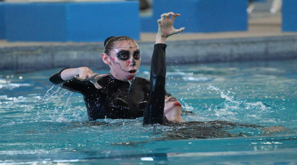 Triunfan nadadoras de BCS en Festival Virtual de Calaveras