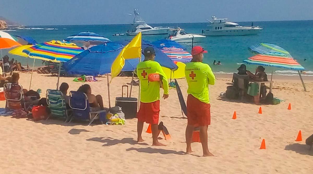 Todas las playas certificadas de Los Cabos tienen salvavidas