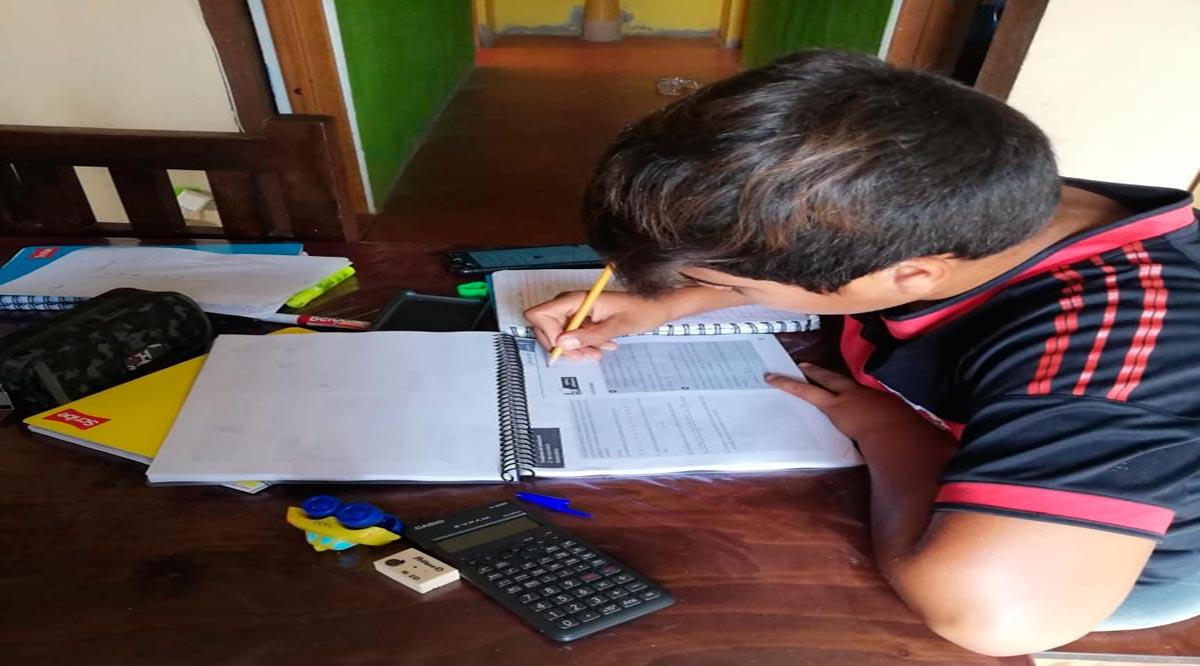 Apoya SEP a estudiantes de telesecundaria sin conectividad en BCS