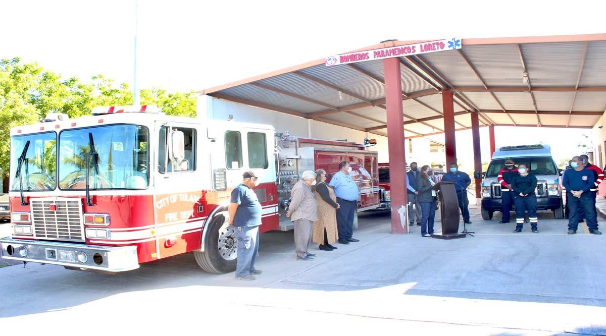 Donan bombera a Loreto
