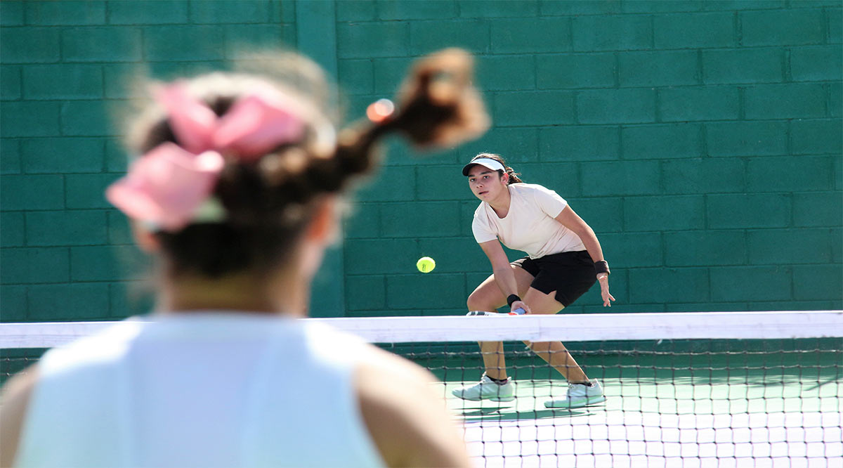 Compromete Carlos González reestructurar el tenis en México