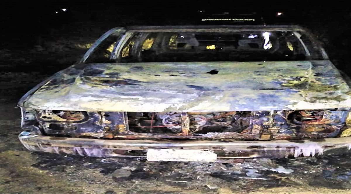 Localizan vehículo calcinado relacionado a una persona con reporte de desaparición en La Paz