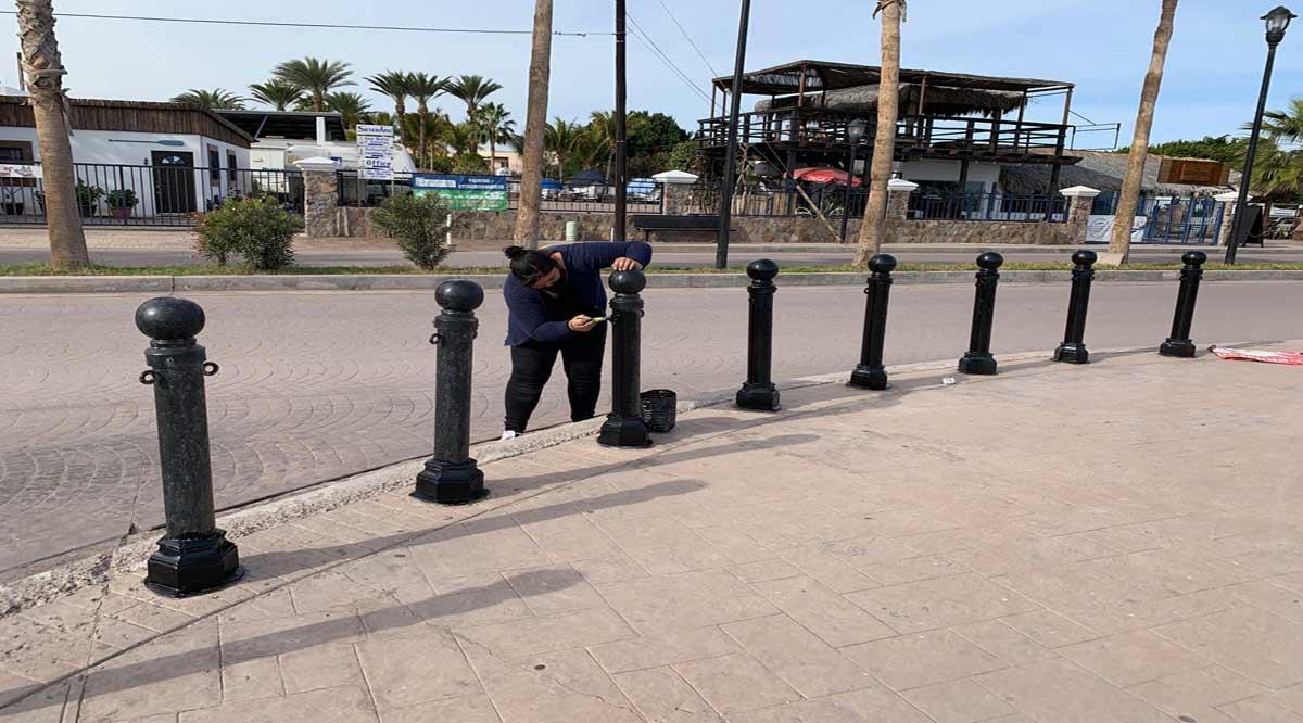 Realizan mantenimiento de las instalaciones del malecón de Loreto