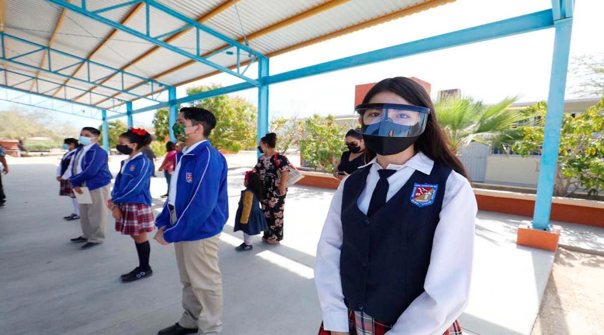 Otorgan pago de becas a 1,177 alumnos de BCS