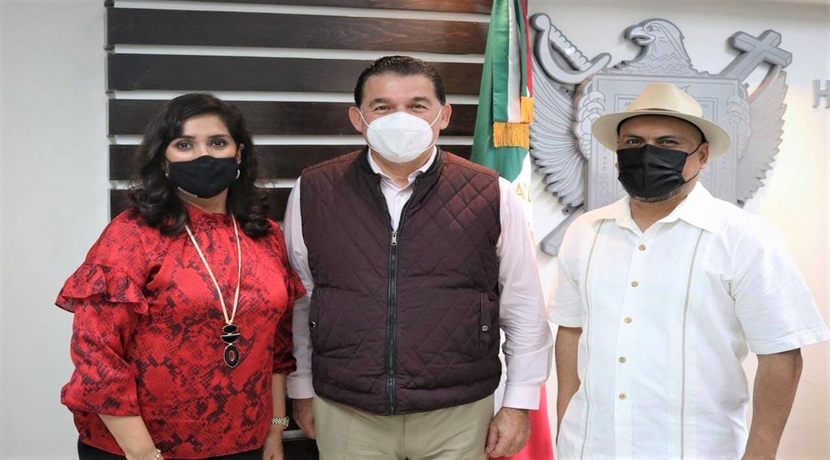 Estrena Ayuntamiento de La Paz a Tesorero y Oficial Mayor
