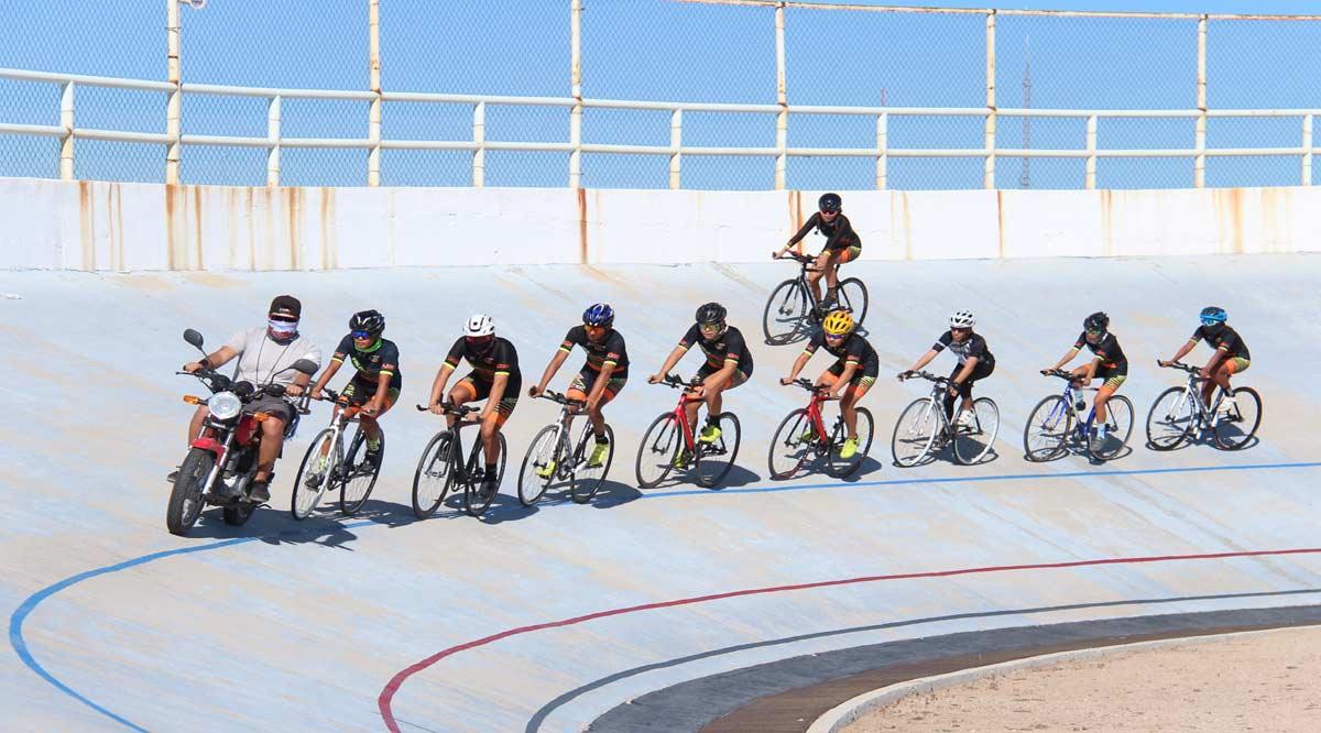 Integran selección de ciclismo de BCS para el nacional de pista