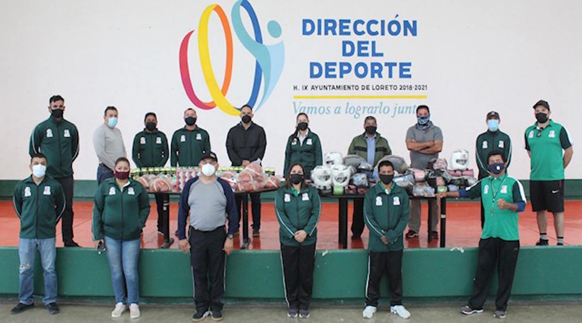 Entregan material deportivo para distintas disciplinas en Loreto