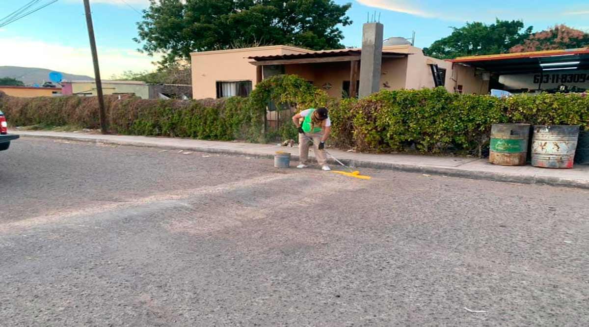 Dan mantenimiento a reductores de velocidad en Loreto