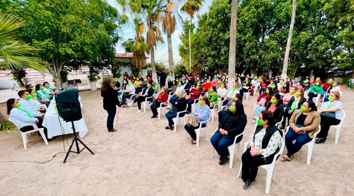 Llama Armida Castro a los comundeños a que se sumen al proyecto verde