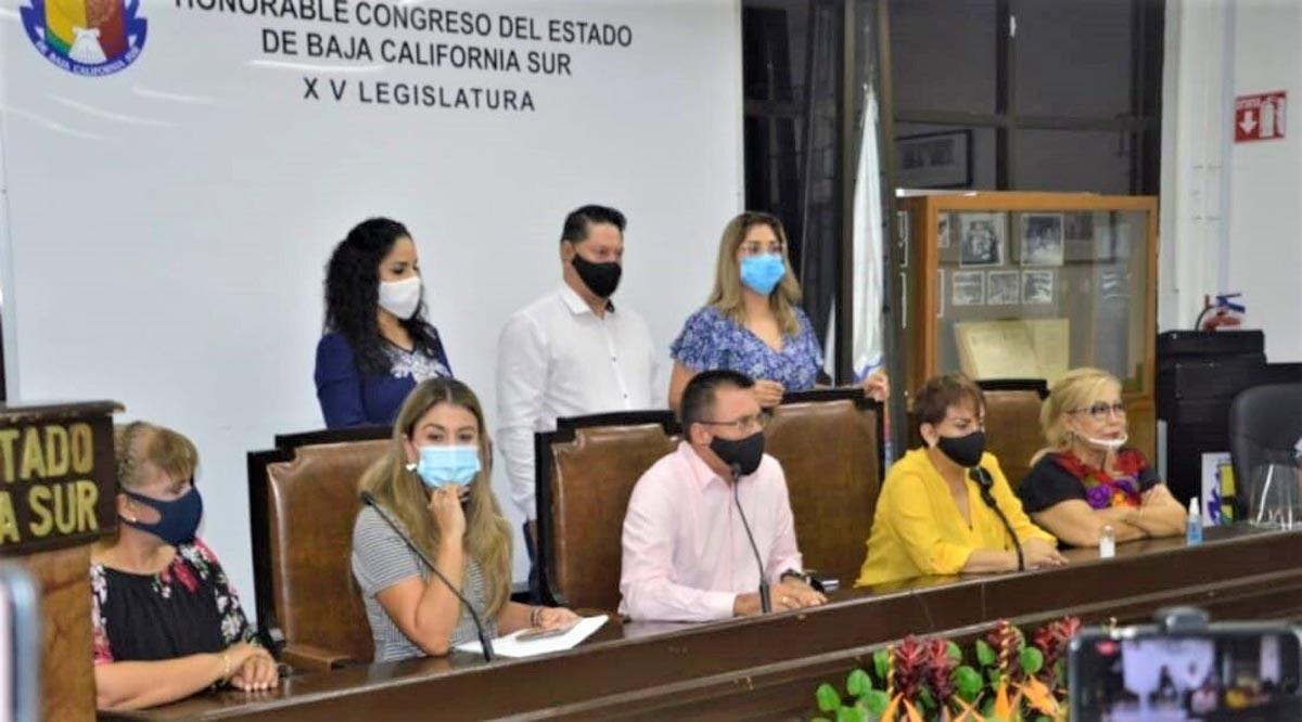 Asistirán bajo protesta a las sesiones ordinarias 8 legisladores