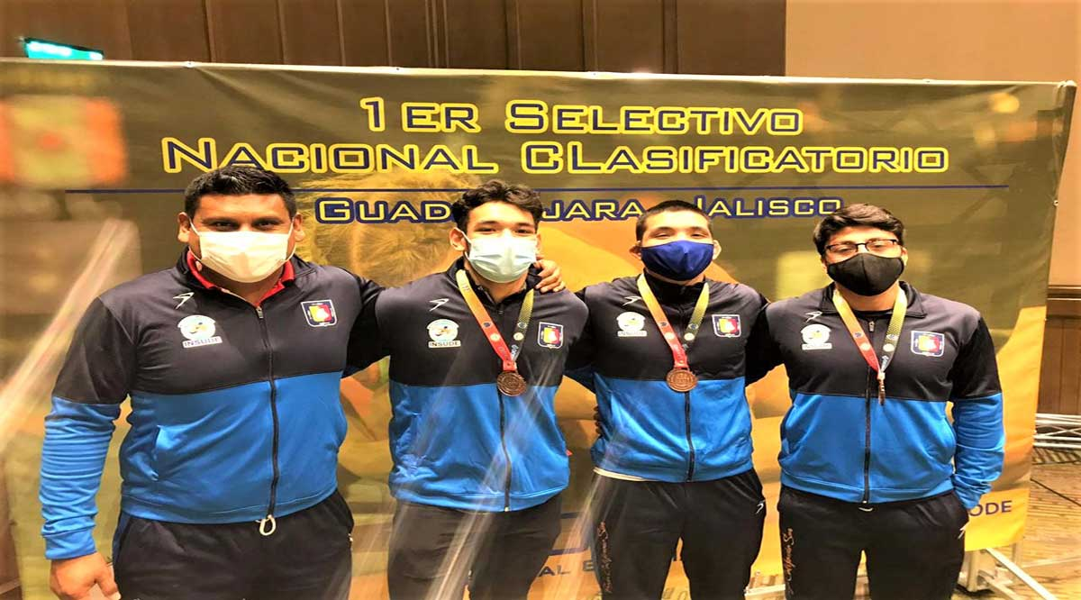 Conquistaron 3 medallas de bronce los luchadores de BCS
