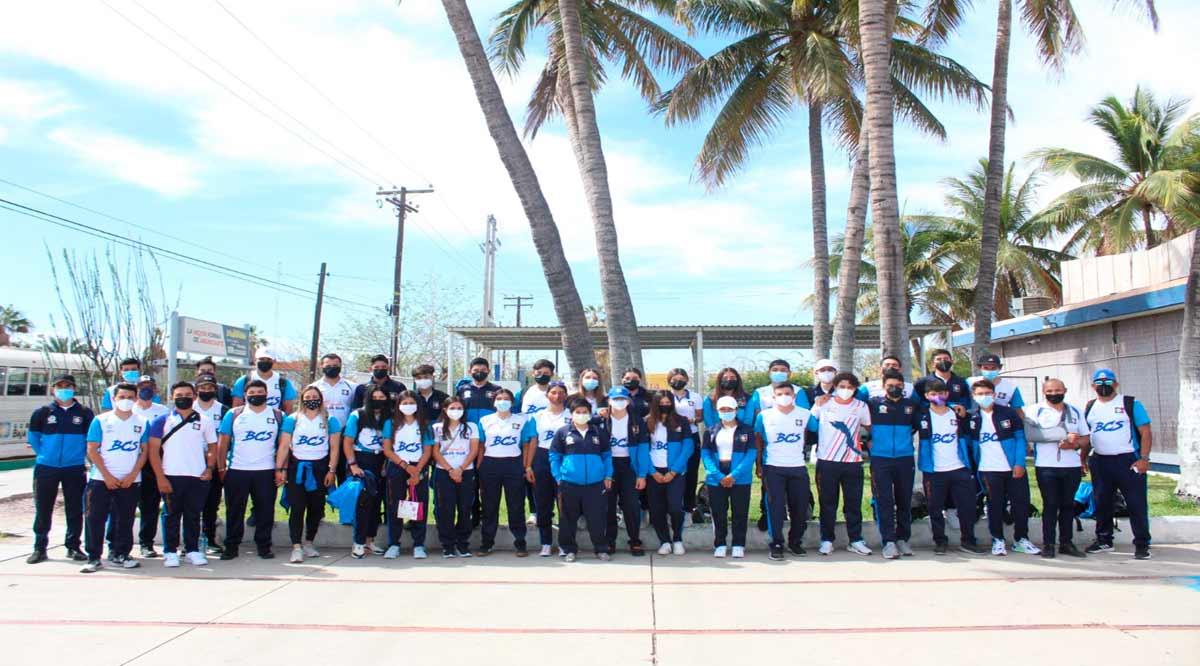 Salieron ciclistas de BCS a Monterrey para el Nacional de Pista
