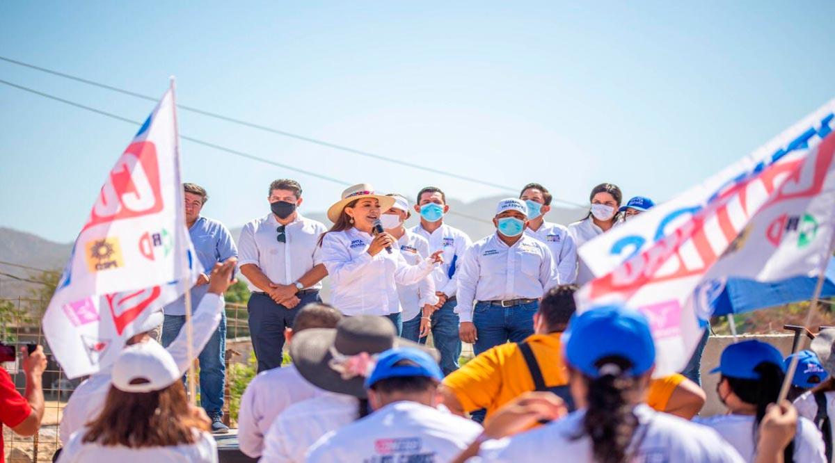 """""""Merece la gente de Los Cabos vivir mejor"""": Lupita Saldaña"""