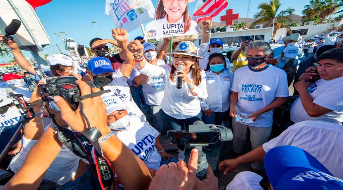 """""""Voté a favor de los programas sociales, no se dejen engañar"""": Lupita Saldaña"""