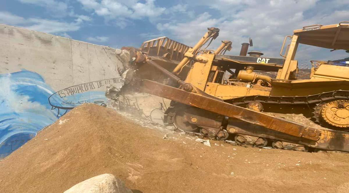 Derrumban el muro de Costa Azul en Los Cabos; propietarios inconformes
