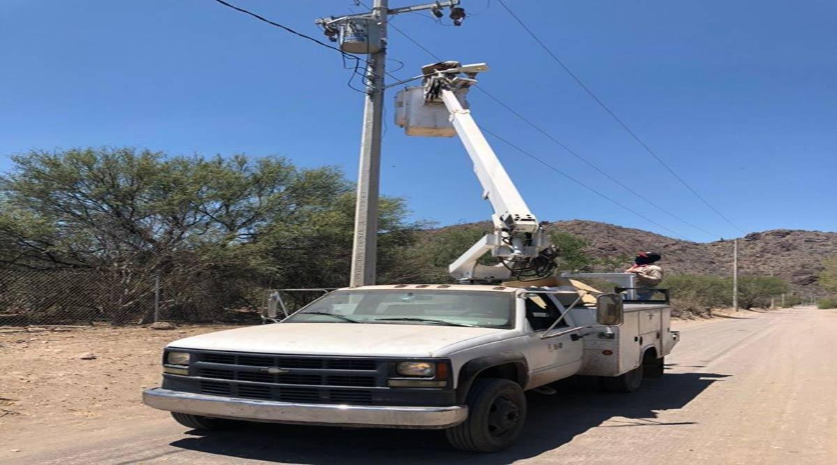 Inició instalación de luminarias en Liguí y Ensenada Blanca