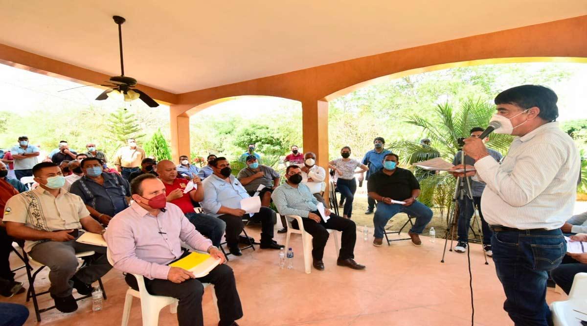 Con el sector transporte inició Oscar Leggs sus reuniones previas de trabajo en Los Cabos