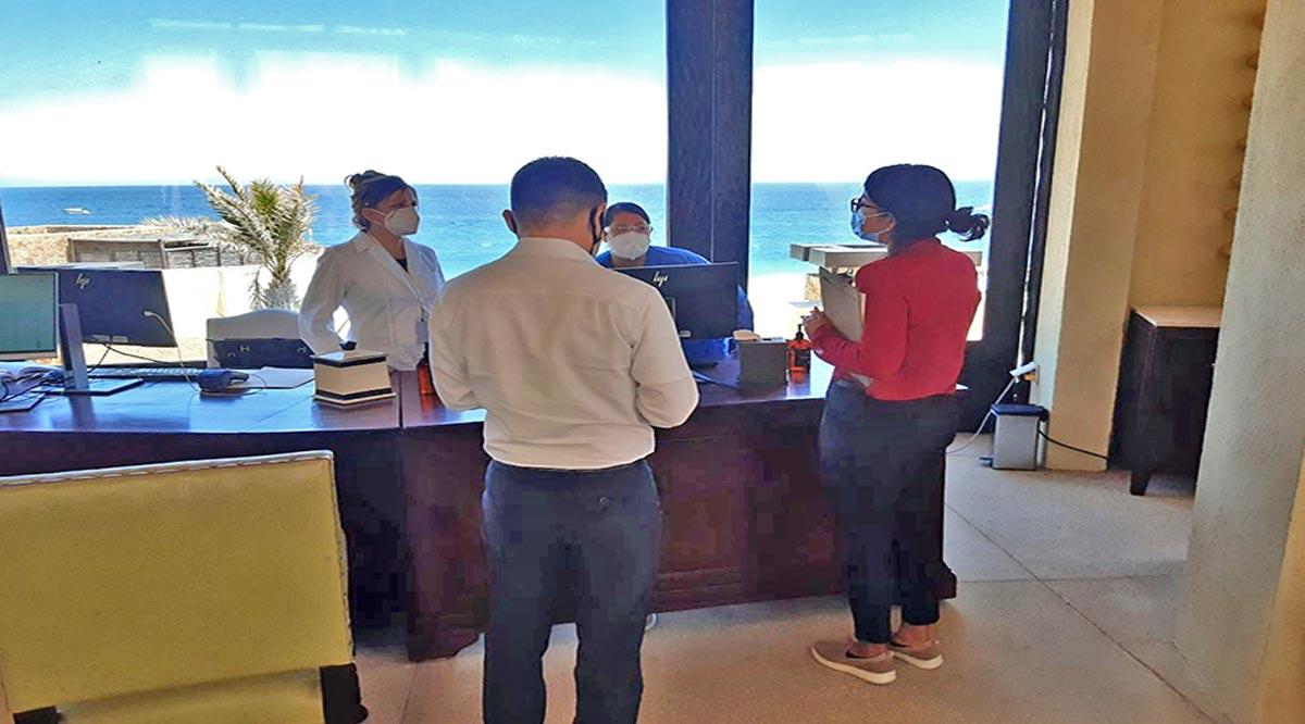 Supervisan protocolos preventivos de Covid-19 en negocios turísticos de Los Cabos