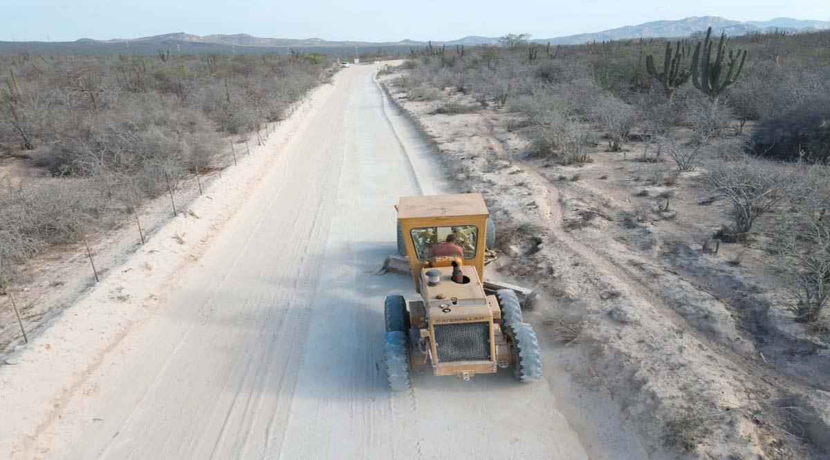 Rehabilitarán 82 km de caminos de terracería en Los Cabos