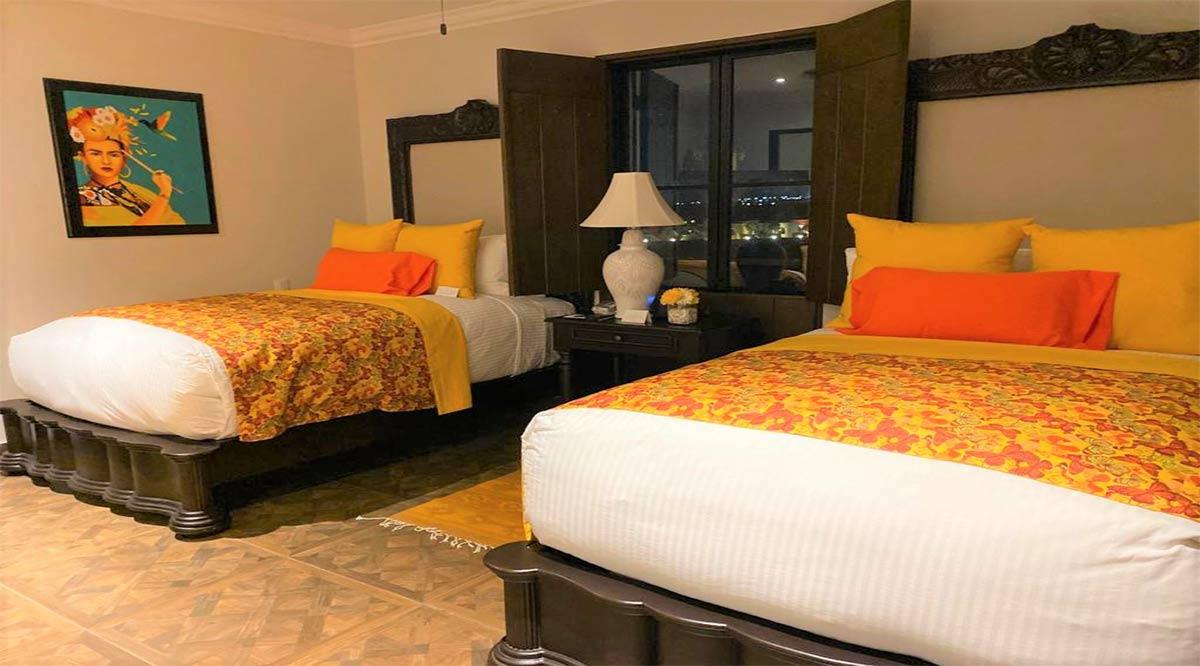 Llaman la atención a algunos hoteleros de Los Cabos por rebasar aforo del 30%